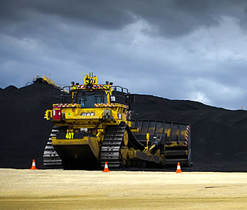 photo of giant grading machinery at a coal mine